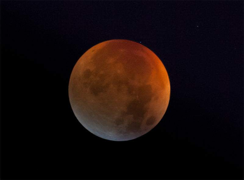 Total Lunar Eclipse on Sept.,28 2015 © by Bernhard Häusler, Germany