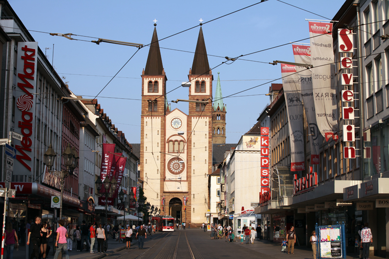 Wuerzburg, Cathetral and shopping street, © by Bernhard Häusler, Germany